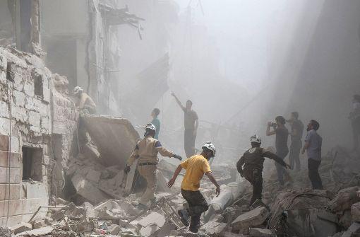 Luftangriff auf Moschee bei Aleppo fordert etliche Tote