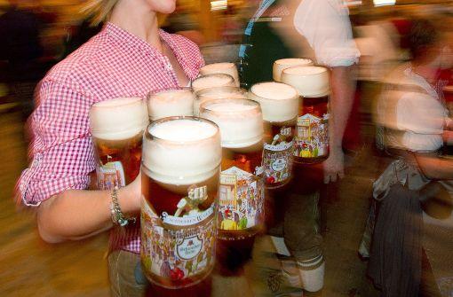 """Wasenwirt führt erste """"Bier-Bezahlkarte"""" ein"""