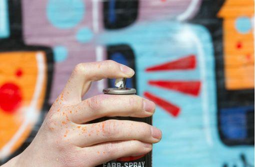 Polizei  nimmt Graffiti-Sprayer fest