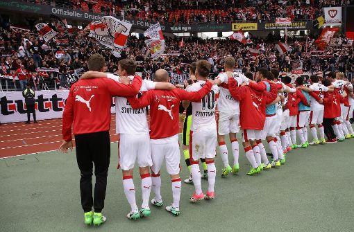 So feiern die VfB-Fans den Last-Minute-Sieg