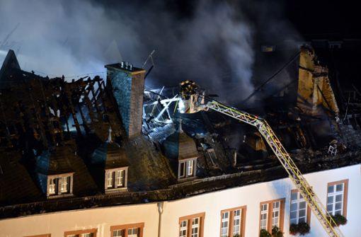 Gemeindeverwaltung brennt lichterloh