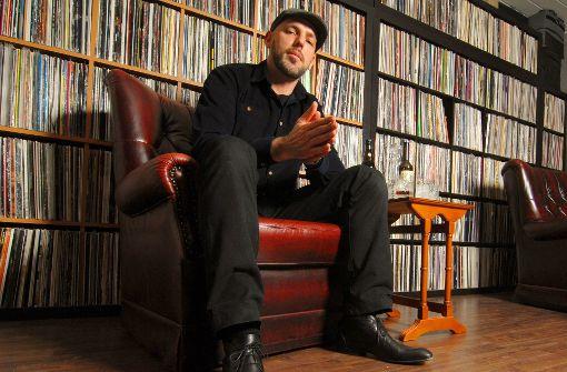 DJ Emilio: Harte Beats mit Wellenschlag