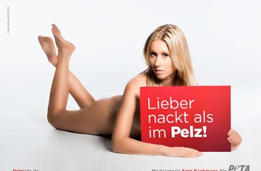 Die Schweizer Fernsehmoderatorin Sara Bachmann ließ sich 2016 für Peta ablichten. Foto: Sara machts GmbH für PETA