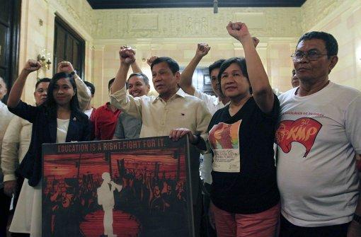 Umstrittener Präsident Duterte im Amt