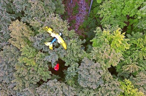 Pilot übersteht Absturz unverletzt
