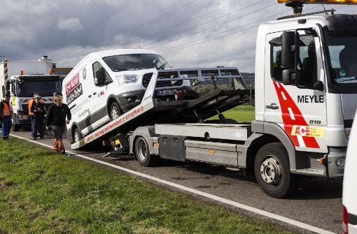 LKW kommt auf Gegenspur: 62000 Euro Schaden