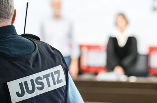 Richterin Regina Rieker-Müller will sich nicht fotografieren lassen, da sie immer wieder bedroht wird. Foto: dpa