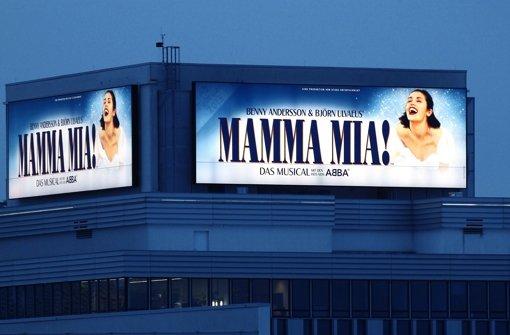 Die Strahlkraft von Mamma Mia erregt nicht nur Freude