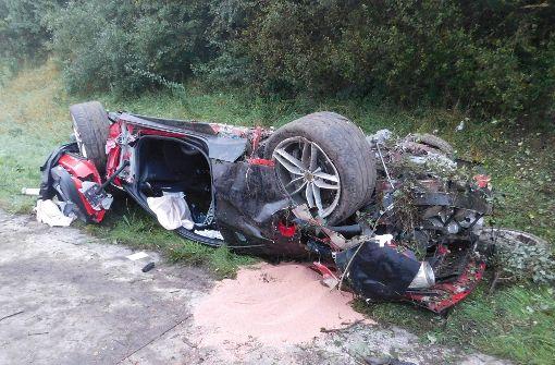 Ferrari überschlägt sich bei Verfolgungsjagd mit Polizei