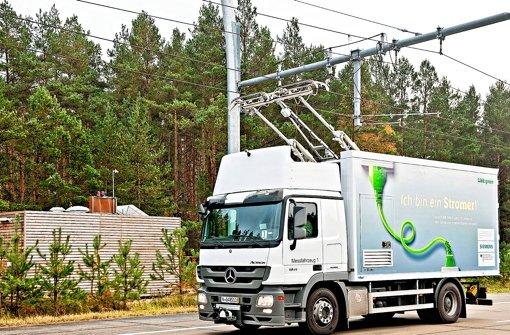 Teststrecke von Siemens in Berlin: Hier fahren schwere Lastwagen mit Strom. Foto: Siemens AG