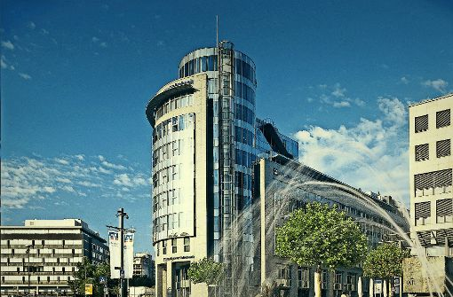 Blick auf die Zentrale der Volksbank Stuttgart. Im Sommer machte man hier stolz die Fusionspläne öffentlich. Foto: privat