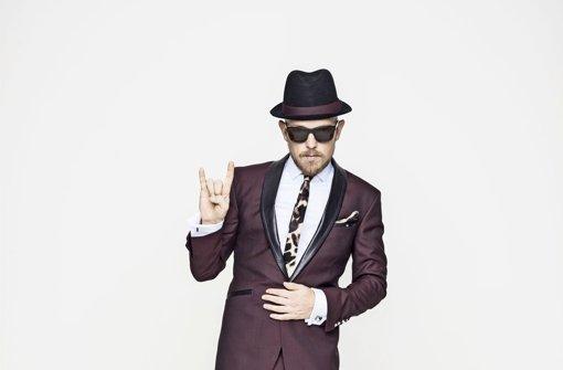 Jan Delay – auch als Rocker gut gekleidet Foto: Universal