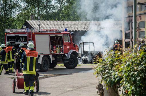 Arbeitsmaschine in Flammen