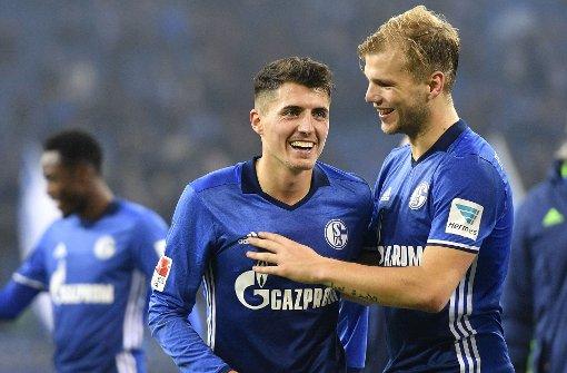 Schalker Selbstvertrauen steigt - Bremen im freien Fall