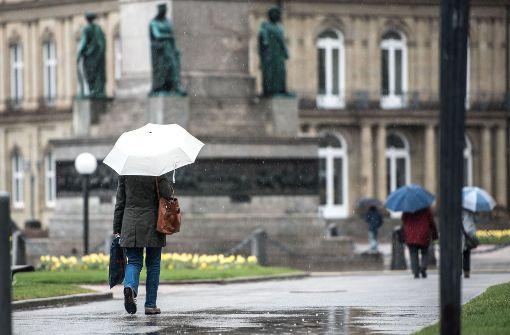 Meteorologen warnen vor Schneefall, Dauerregen und Glätte