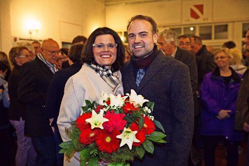 Martin Funk, hier mit seiner Lebensgefährtin Anna Lovre,  ist zum neuen Bürgermeister in Altbach gewählt worden. Foto: Ines Rudel