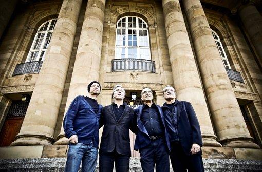 Vier Intendanten mit Blick nach vorn: Armin Petras (links), Marc-Oliver Hendriks, Jossi Wieler, Reid Anderson Foto: Leif Piechowski
