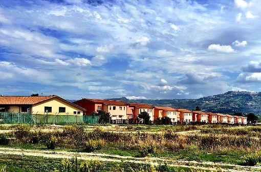 Das Lager Cara die Mineo liegt in der Nähe von Catania und war früher das Heim für mehrere Tausend US-Soldaten. Nachdem sie abgezogen waren, wurden Flüchtlinge darin untergebracht.   Foto: Krohn