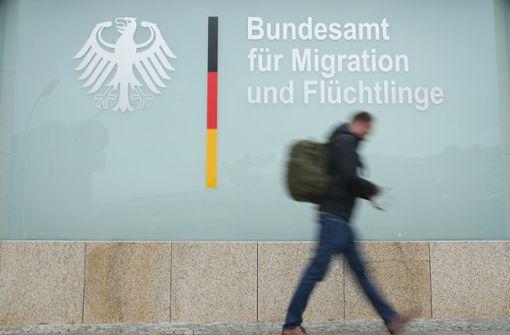 Seehofer verbietet Bremer Außenstelle Asylentscheidungen