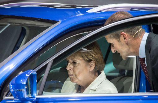 Merkel will deutliche Worte finden