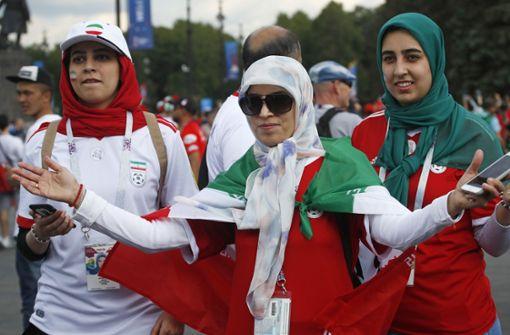Irans Frauen dürfen zum Public Viewing ins Stadion