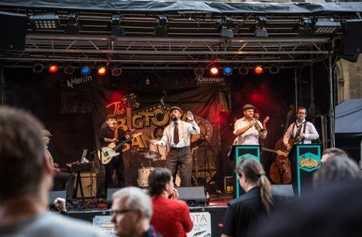 Das Feuerseefest startet am Freitagabend mit dem Auftritt der Big Town Bandits. . .  Foto: Lichtgut/Julian Rettig