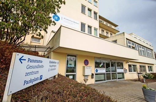 Die beiden Krankenhäuser in Marbach (Foto) und Vaihingen wurden oder werden drastisch verkleinert. Das soll das Kliniken-Defizit dämpfen. Foto: factum/Granville