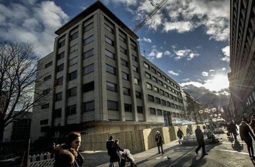 Das ehemalige Karstadt-Kaufhaus wird gerade umgebaut. Bald soll hier einer der größten Primark-Filialen Deutschlands einziehen. Foto: Lichtgut/Leif Piechowski