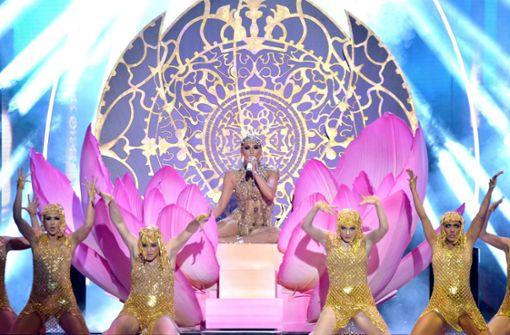 """Jennifer Lopez stellt neue Single vor – """"Despacito"""" räumt ab"""