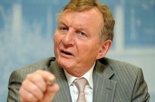 Der Fraktionsvorsitzende der SPD im baden-württembergischen Landtag Claus Schmiedel Foto: dpa