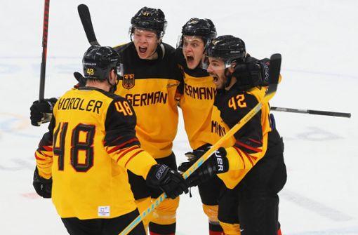 Eishockey-Helden zurück im Alltag