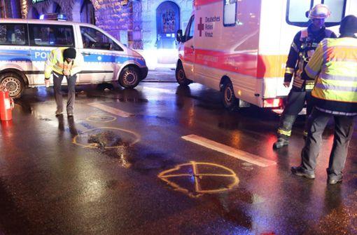 Die Frau wird lebensgefährlich verletzt. Foto: 7aktuell.de/Sven Adomat