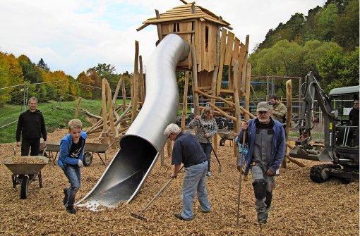 Klettergerüst Outdoor Metall : Waldenbuch: spielplatz wieder komplett landkreis böblingen