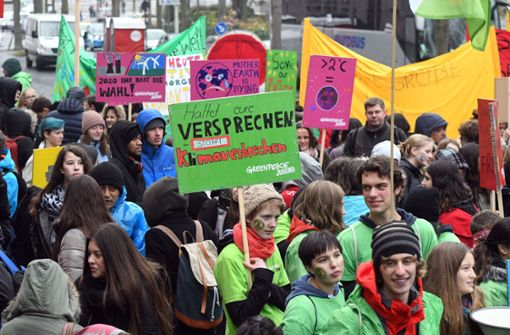 Schüler demonstrieren für andere Klimapolitik