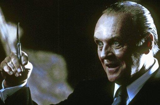 """Hollywoods Parade-Serienmörder: Der Psychiater und Kannibale Hannibal Lecter (gespielt von Anthony Hopkins) im Spielfilm """"Das Schweigen der Lämmer"""" von 1991. Foto: Tobis/dpa"""