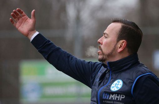 Paco Vaz dirigiert nicht mehr die Kickers-Profis. Foto: Baumann