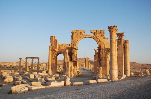 Terrormiliz IS sprengt Heiligengräber