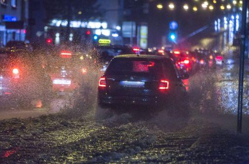 In Stuttgart regnete es am Sonntagabend heftig, ...  Foto: 7aktuell.de/Simon Adomat