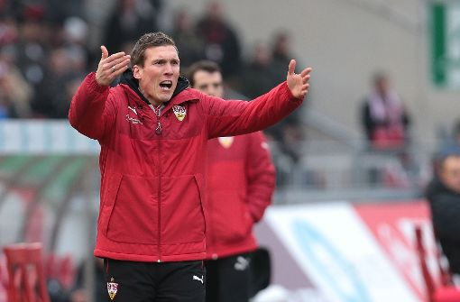 Union Berlin löst die Stuttgarter an der Tabellenspitze ab. Erfreut wird VfB-Trainer Hannes Wolf von dieser Tatsache wohl kaum sein. Foto: Pressefoto Baumann