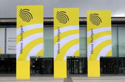 Umsatz, Gewinn und Aussteller - 2012 war für die Messe Stuttgart ein Rekordjahr. Das Gelände am Flughafen platzt aus allen Nähten. Jetzt wollen die Aussteller eine neue Halle. Foto: dpa