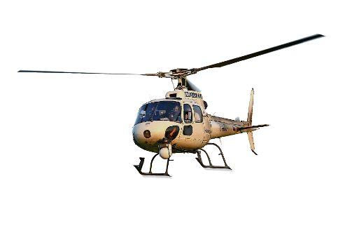 Rettungshelikopter landen auf dem  Feld
