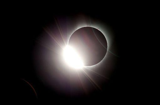 Sonnenfinsternis zieht Millionen in den Bann