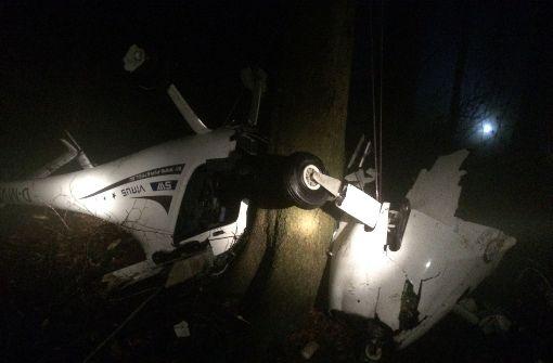 Pilot bei Flugzeugabsturz schwer verletzt
